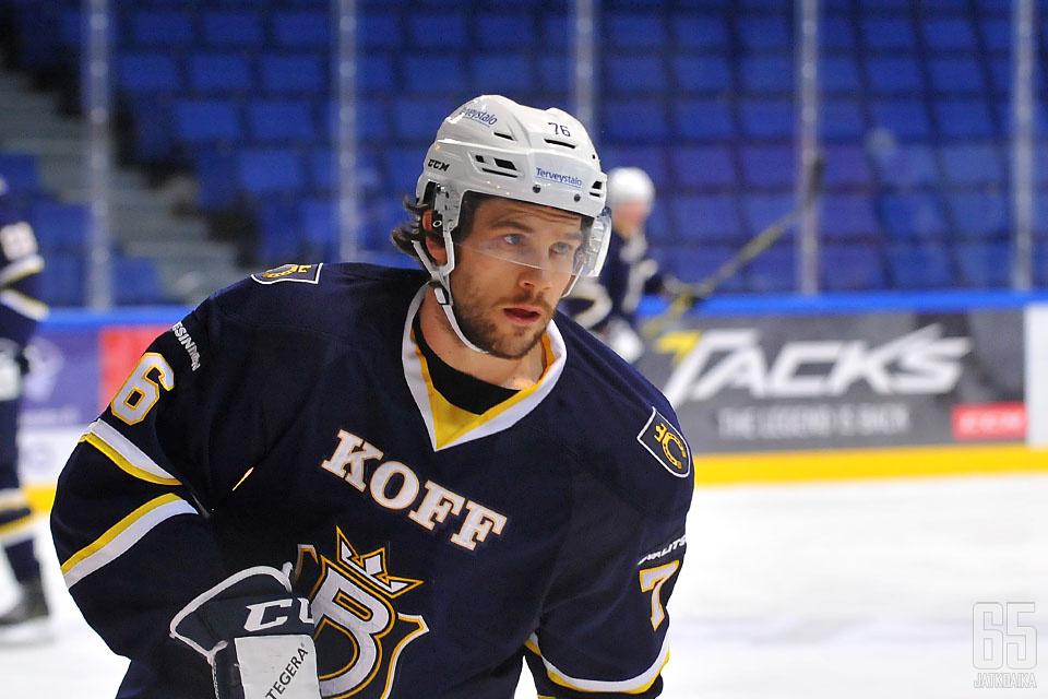 Bracken Kearns sai sopimuksen Islandersiin.