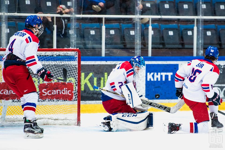 Lukáš Dostál on tuttu näky Tšekin juniorimaajoukkueista.