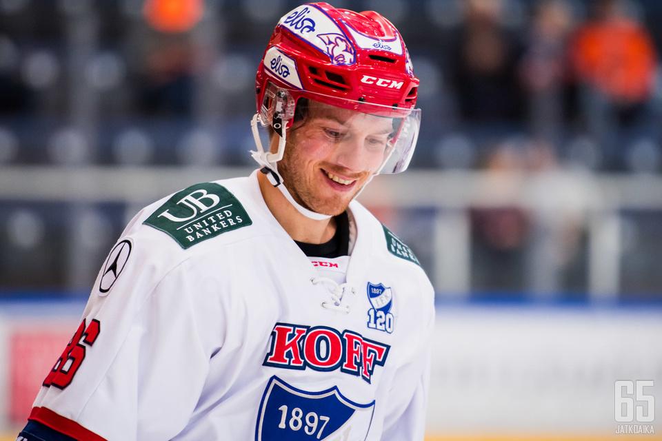 Erik Thorell sooloili komeasti.