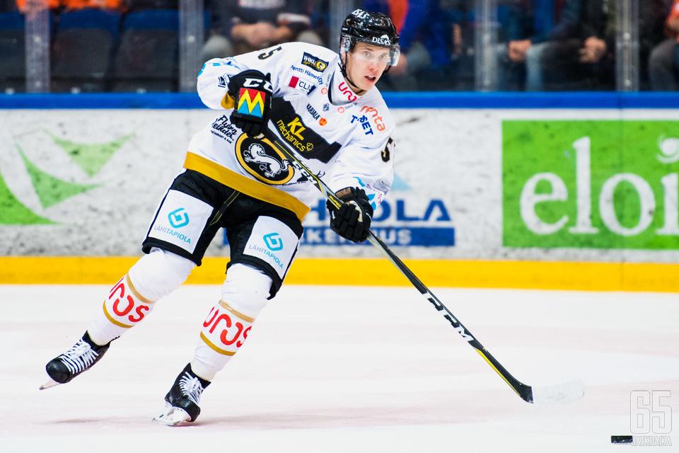 Miika Koivisto teki runkosarjassa 55 otteluun 39 tehopistettä.