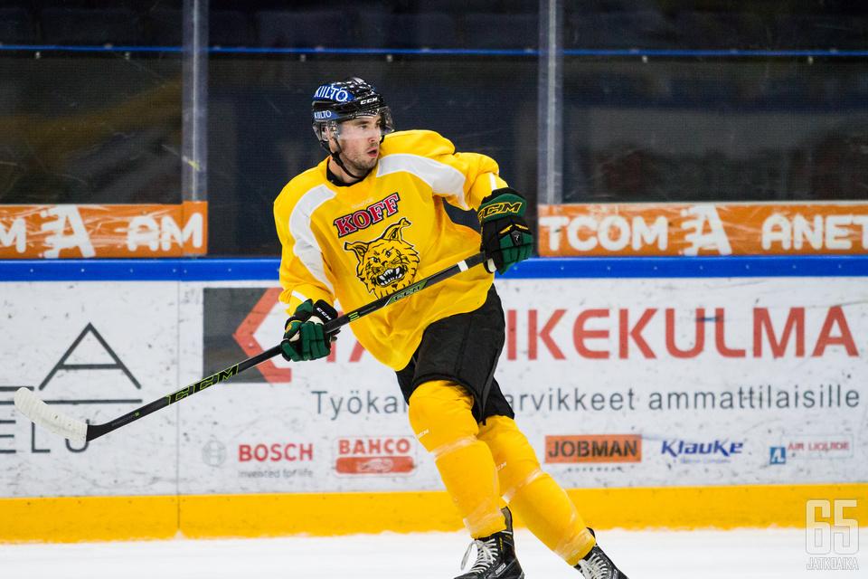 Hakametsän kaukalo oli Bulmerille jo ennestään tuttu. Bulmer edusti Kanadaa viime vuonna Tampereella pelatuissa rullakiekon MM-kisoissa.