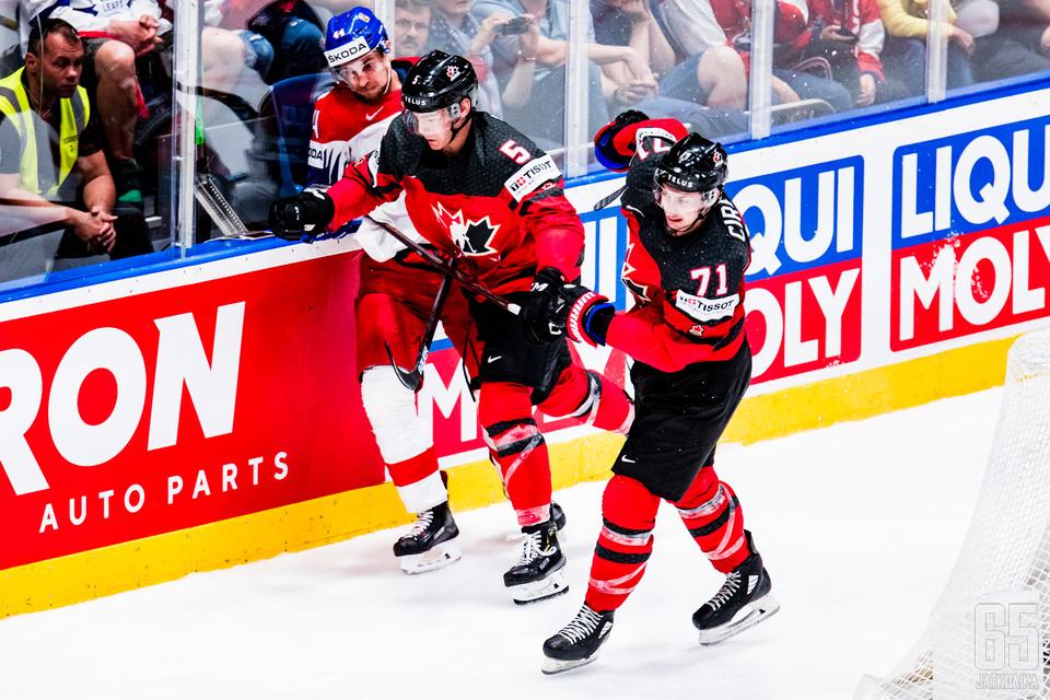Anthony Cirellin ja Kanadan matka jatkuu finaaliin Suomea vastaan.