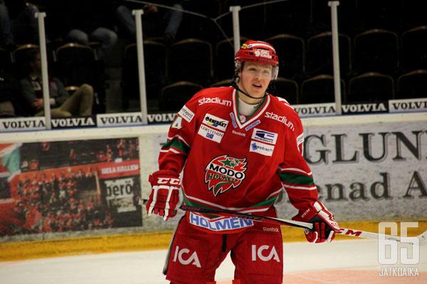 Bengtsson pelasi viime kaudella MODOssa 13 ottelua.