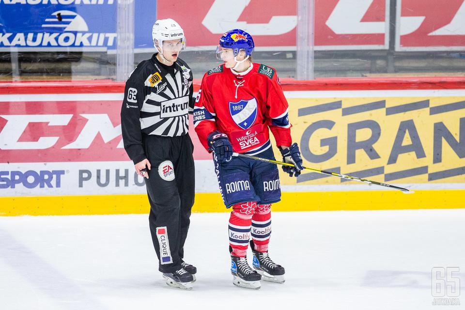 Anton Lundell on yksi Liiga-kauden seuratuista suomalaisnuorista.