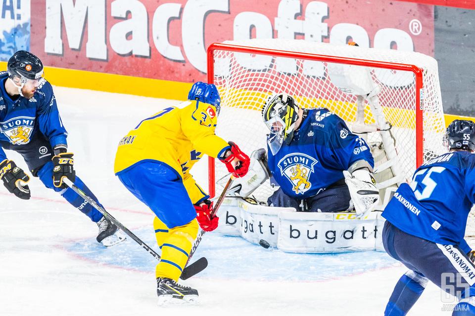 Tukholman turnaus huipentuu sunnuntaina Ruotsin ja Suomen kohtaamiseen.