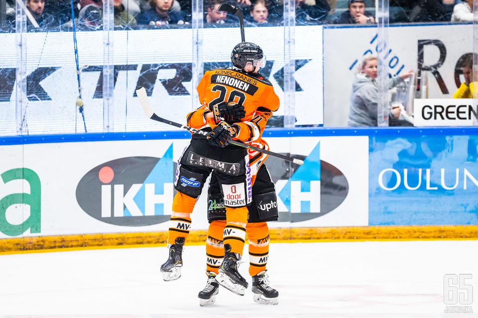 Markus Nenonen sinetöi HPK:n mestaruuden jatkoaikamaalillaan finaalien seitsemännessä ottelussa Kärppiä vastaan.