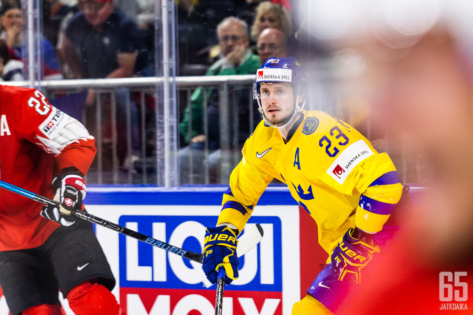 Oliver Ekman-Larsson oli yksi Ruotsin monista NHL-tähdistä.
