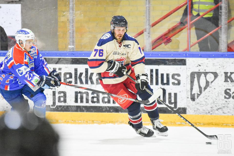 Virtanen on harjoitellut Mestis-joukkue TUTOn kanssa.