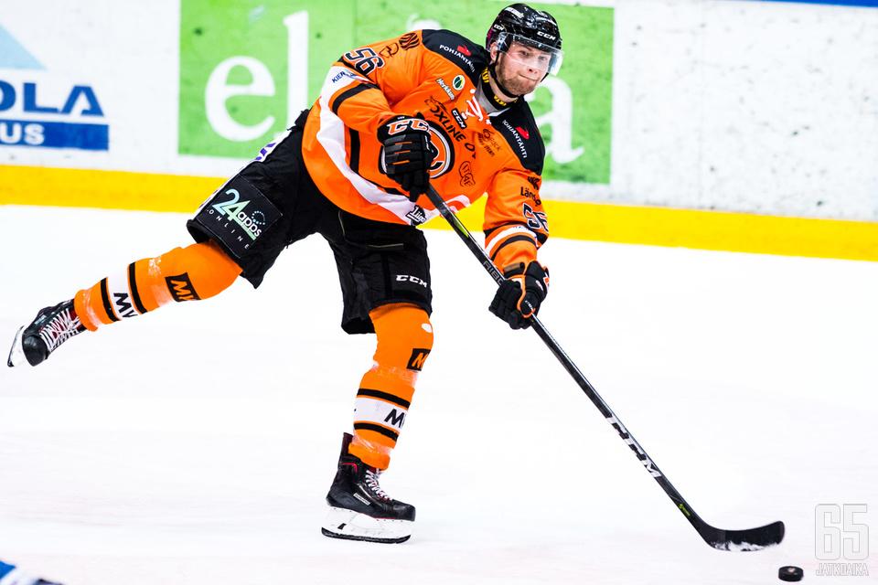 Tuore Suomen mestari pelaa ensi kaudella Ässien takalinjoilla.