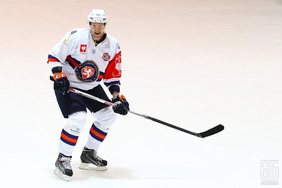 Ilkka Heikkisen Växjö kävi harjoittelemassa Hyvinkäällä.