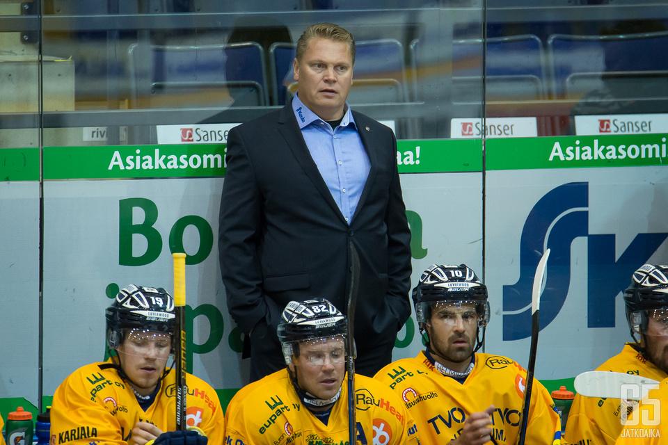 Rauman Lukon päävalmentaja Pekka Virta kohtaa viime kauden seuransa ensimmäistä kertaa.