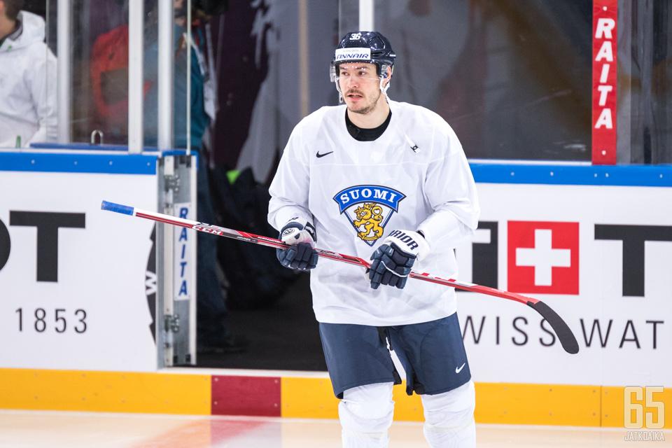 Järvinen oli maanantaina mukana Leijonien vapaaehtoisissa harjoituksissa.