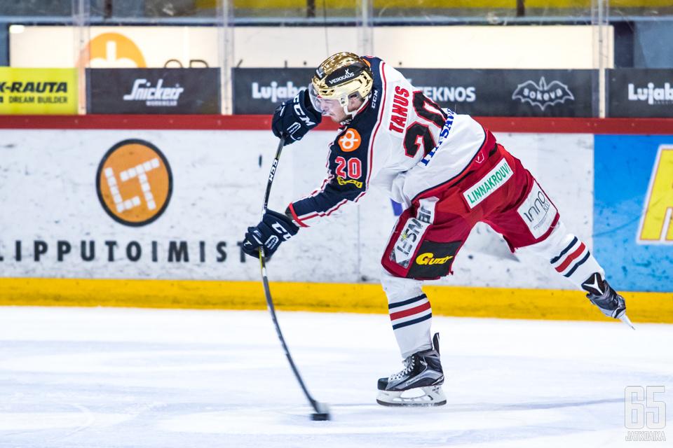 Jonatan Tanus sivuaa perjantain jälkeen Mestiksen yhden kauden maaliennätystä 38 osumalla.