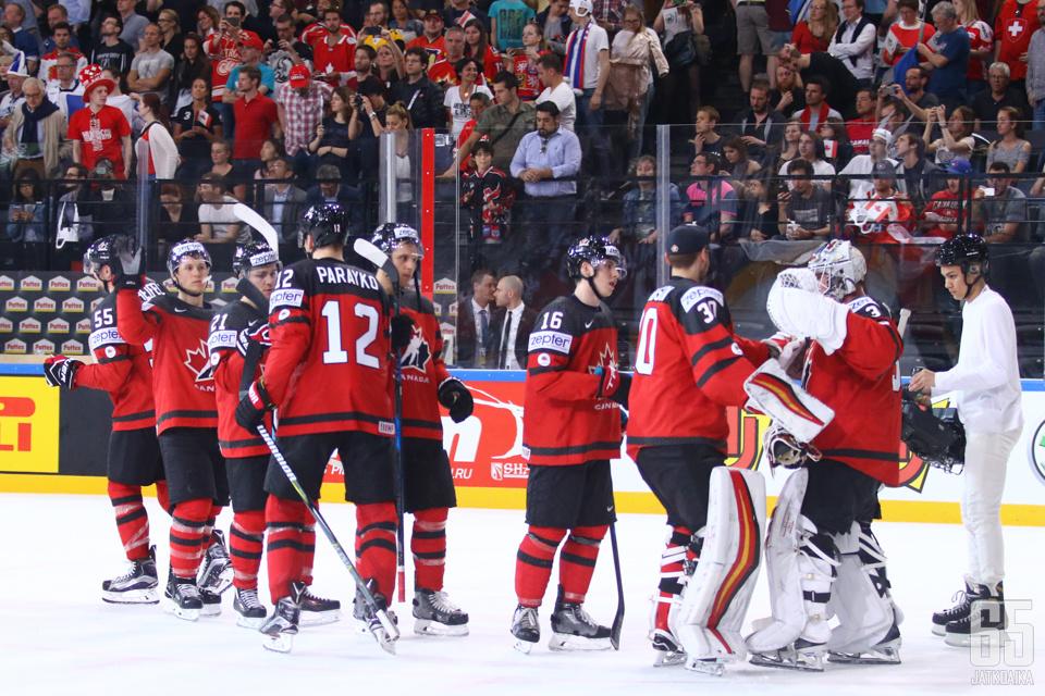 Kanada otti varsin vakuuttavan voiton Leijonista.