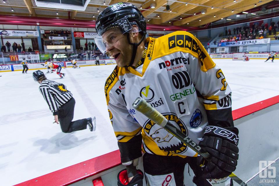 IPK kiinnitti vuoden jatkolla viime kauden kärkisentterinsä Juha Virtasen. Miehelle on isoa roolia luvassa myös jatkossa.