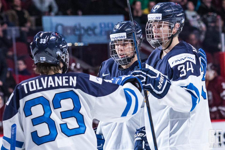 Eeli Tolvanen, Miro Heiskanen ja Kristian Vesalainen edustivat Suomea jo viime vuonna nuorten MM-kisoissa.
