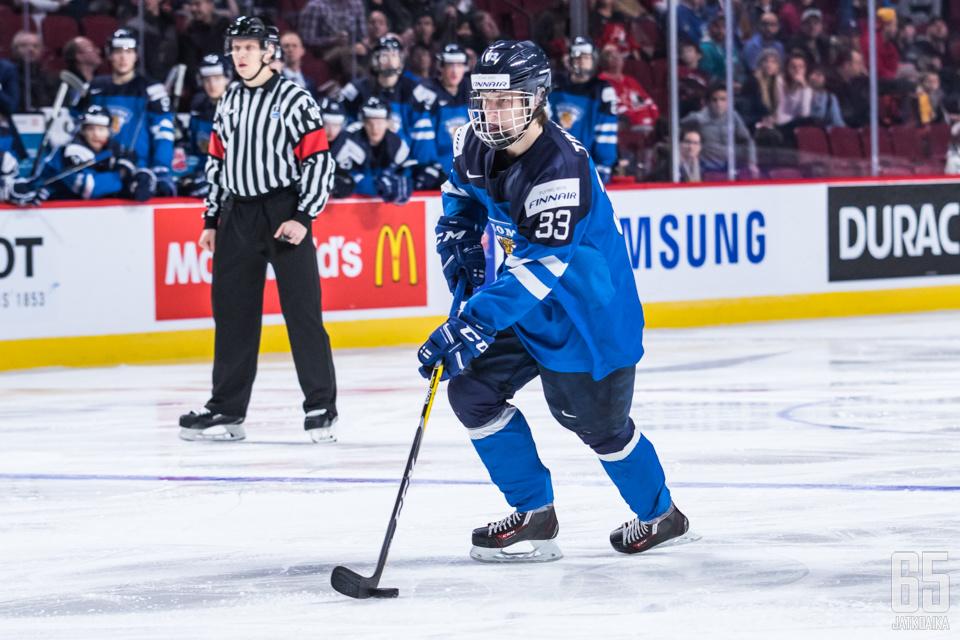 Mainiota kautta Jokereissa pelaava Eeli Tolvanen teki viime vuonna nuorten MM-kisoissa kuudessa ottelussa tehot 2+4.