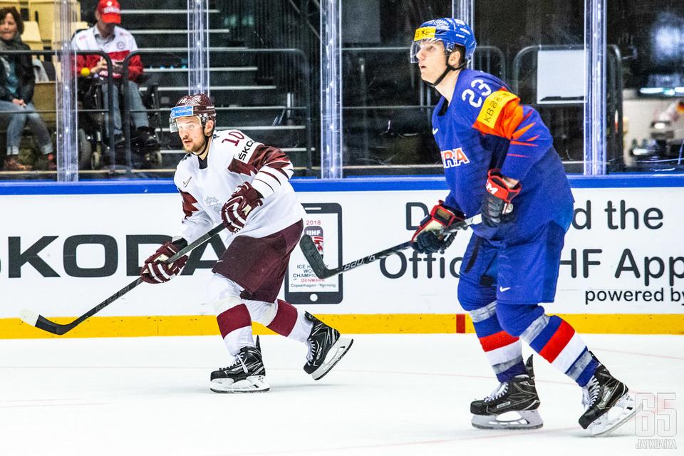 Eric Regan kuumentui Latviaa vastaan.