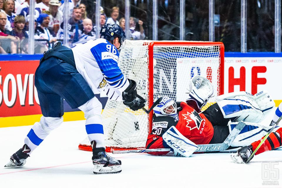 Mikko Rantanen vastasi kahdesta maalista avauserässä.