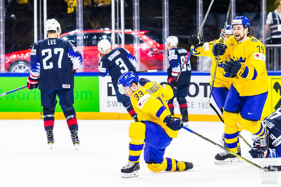 Viktor Arvidsson aloitti Tre Kronorin maalitalkoot.