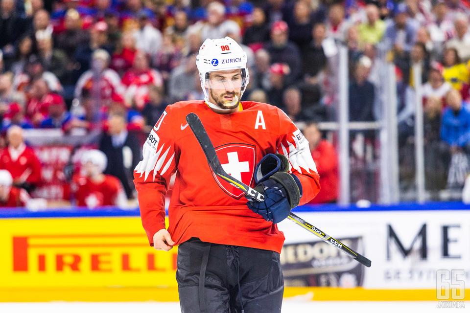 Roman Josi alusti soolollaan Sveitsin 2-2-tasoituksen.