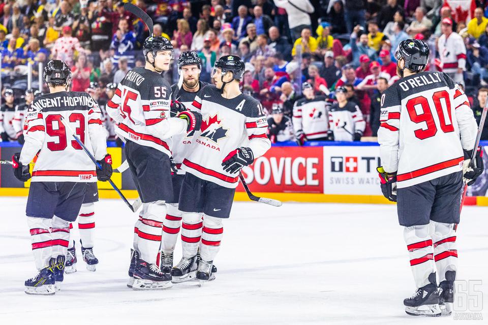 Kanada lähtee tavoittelemaan paluuta mestariksi kolmen vuoden tauon jälkeen.