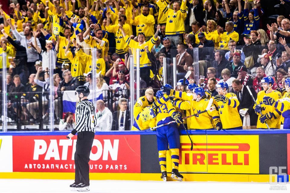 Ruotsi juhlii maailmanmestaruutta toista kertaa peräkkäin.