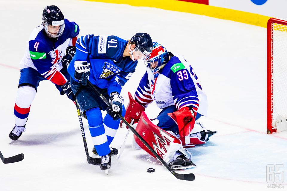 Ben Bowns oli kentän näkyvimpiä pelaajia Suomea vastaan.