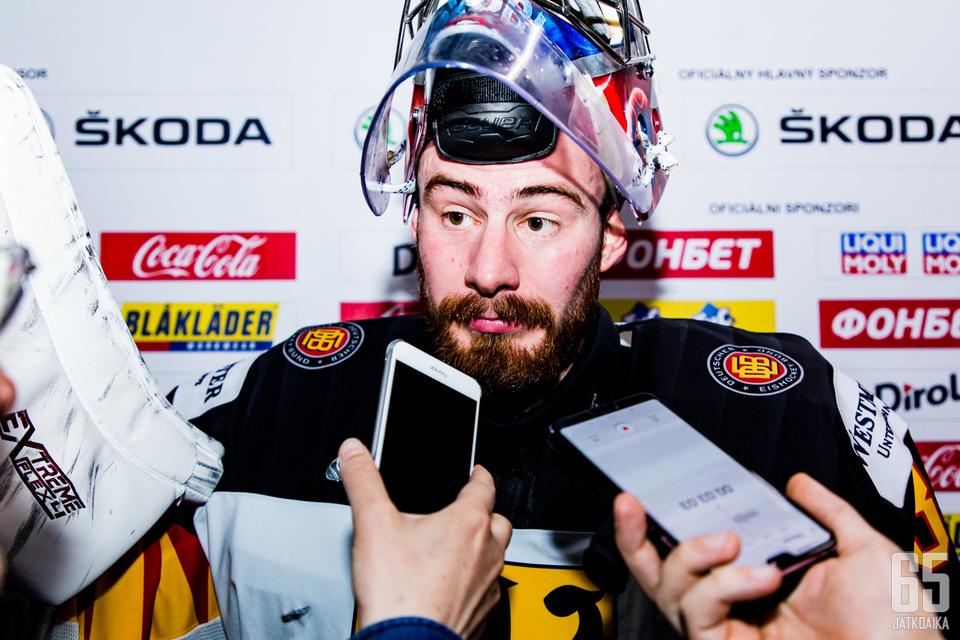 Philipp Grubauer torjui Suomea vastaan 39 kertaa.