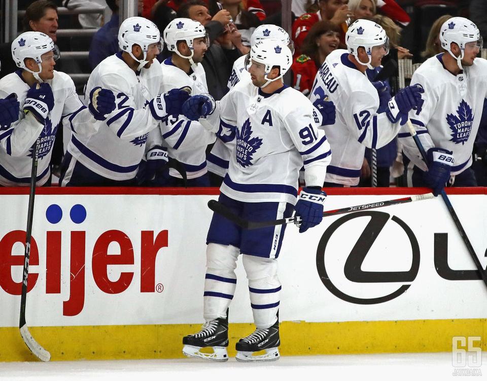 Tavaresin ja Maple Leafsin kausi päättyi Boston Bruinsin käsittelyssä.