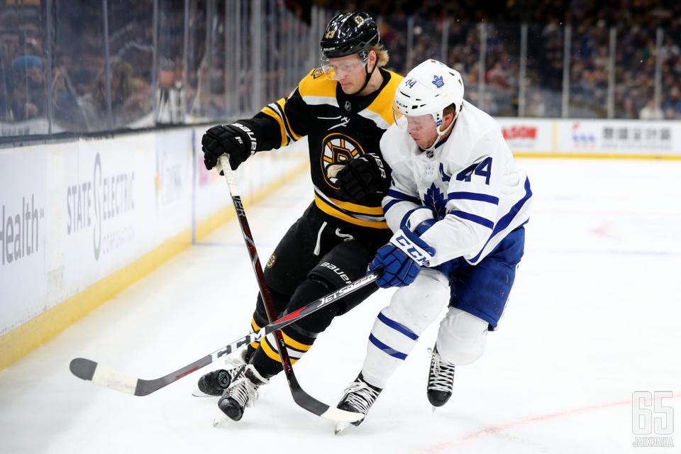 Boston Bruins ja Toronto Maple Leafs ottavat jälleen pudotuspeleissä yhteen.