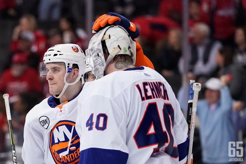Lehner auttoi otteillaan Islandersin pudotuspeleihin.