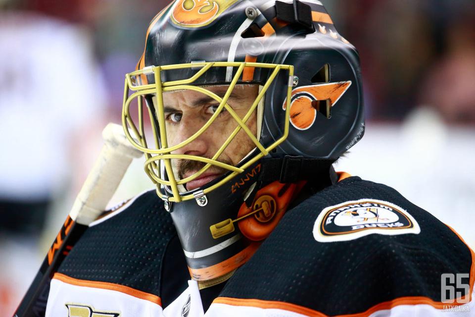 Ryan Miller on NHL:n vanhimpia aktiivisia maalivahteja.