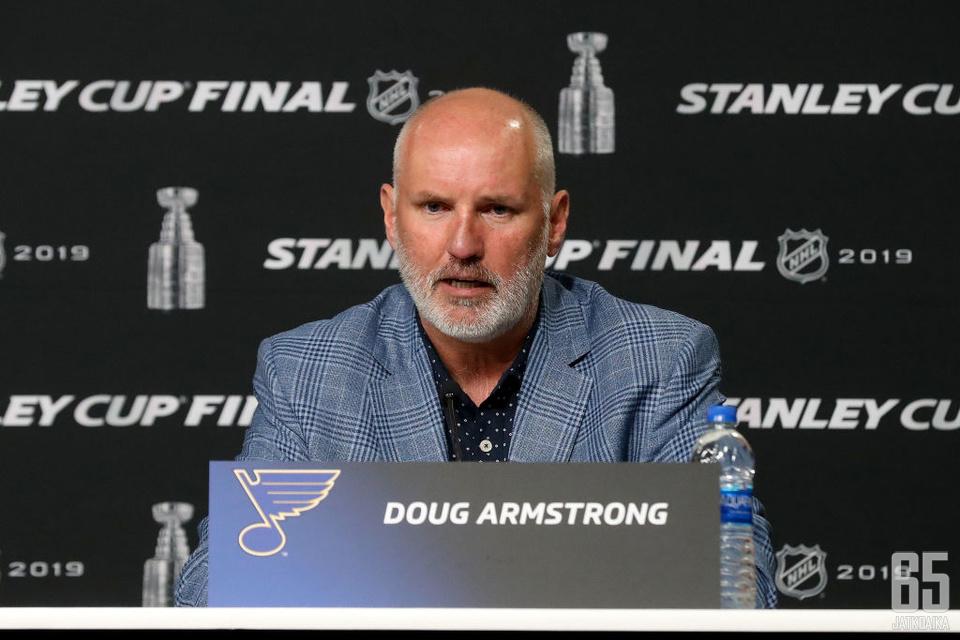 Doug Armstrong voitti Stanley Cupin toisen kerran. 20 vuotta sitten hän juhli voittoa Dallas Starsin apulais-GM:nä.