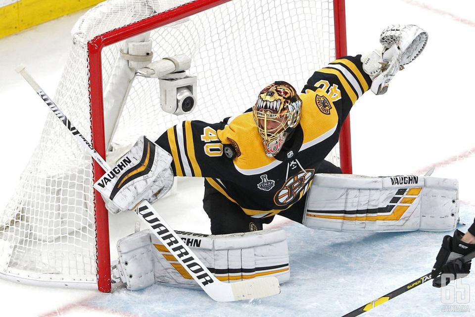Rask on ollut pitkään Bruinsin ykköstorjuja.