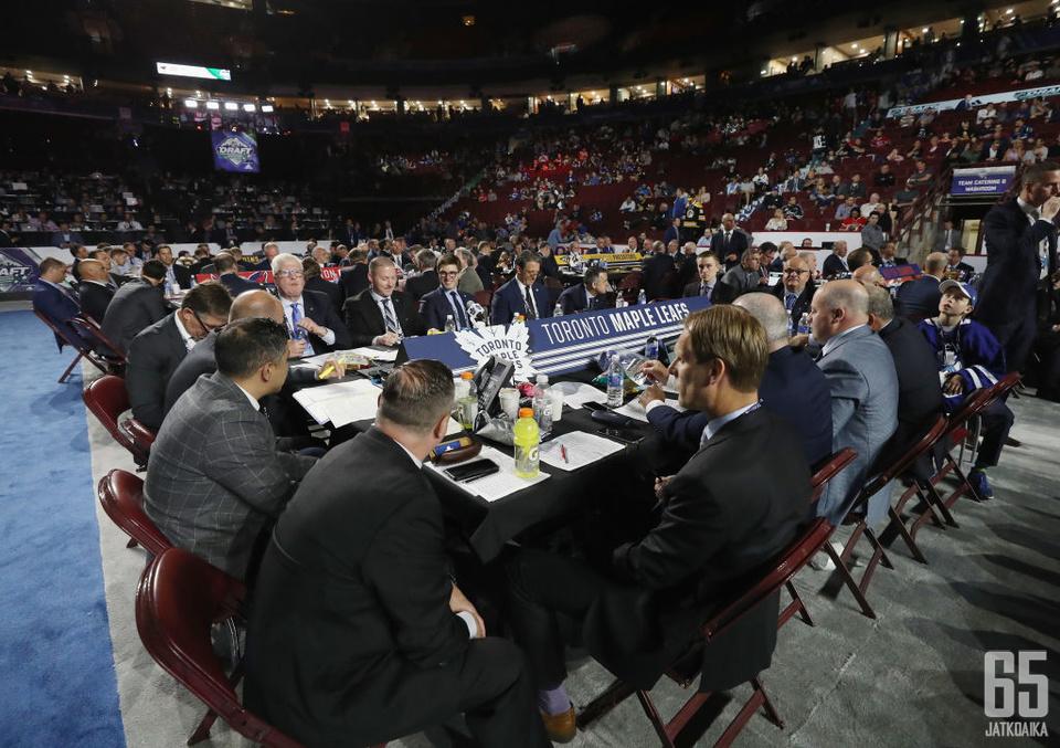 NHL:n varaustilaisuus saatetaan pitää jo ennen kuin kausi saadaan päätökseen.