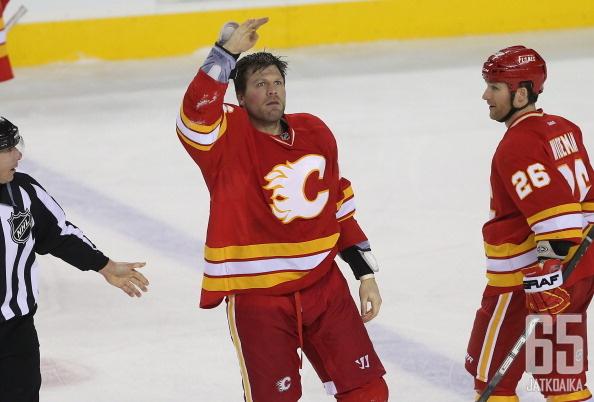 McGrattan edusti Flamesia pelaajana neljällä kaudella.