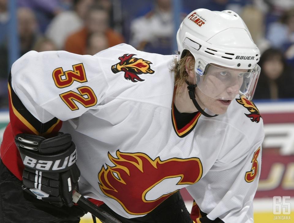 Toni Lydman pelasi Calgary Flamesin paidassa neljä kautta.