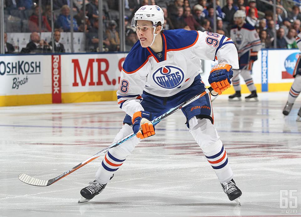 Puljujärvi saanee AHL:ssä enemmän peliminuutteja alleen.