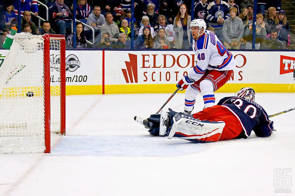Michael Grabner oli Rangersin avainpelaaja yön NHL-kierroksella.