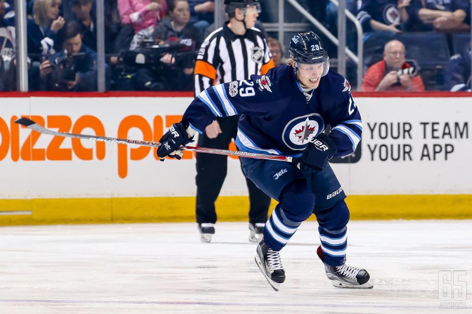Patrik Laine oli kuluneen viikon tehokkain pelaaja NHL:ssä.