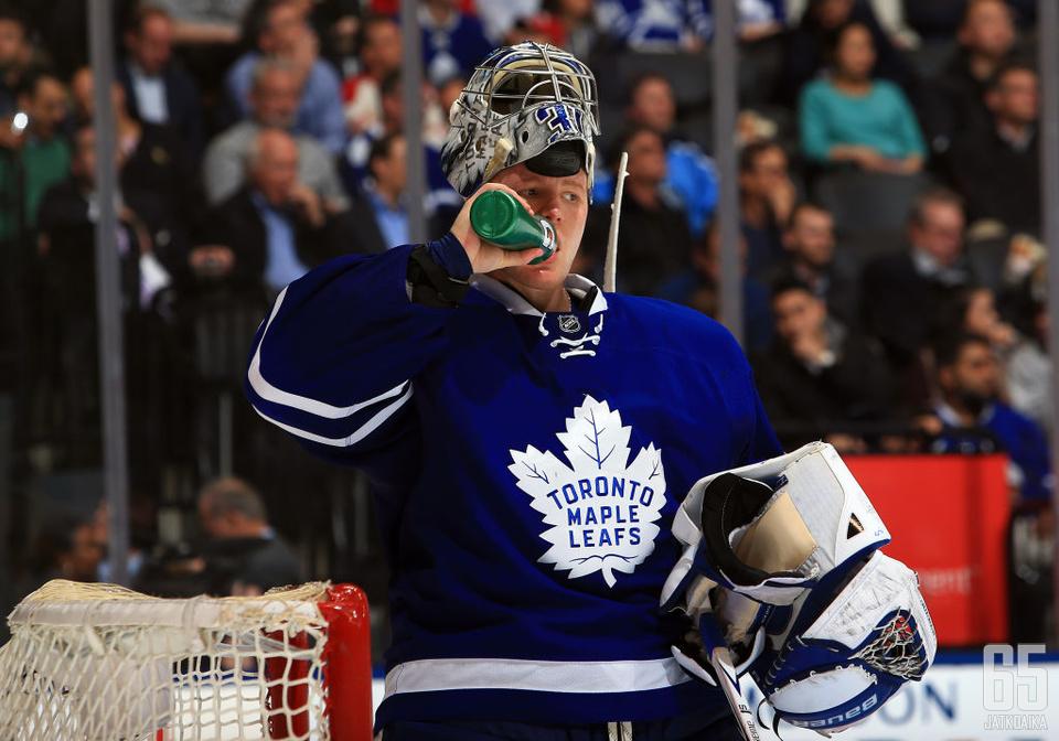 Entisestään vahvistuneen Toronto Maple Leafsin maalivahti Frederik Andersen lähtee kauteen hyvistä lähtökohdista.