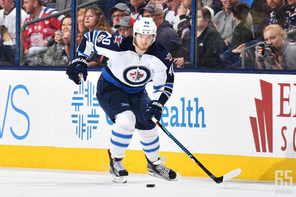 Armia pelaa ensi kaudella Canadiensin väreissä.