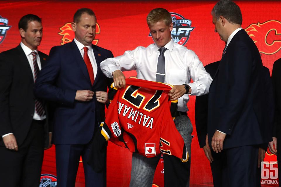Välimäki on Flamesin ensimmäisen kierroksen varaus vuodelta 2017.