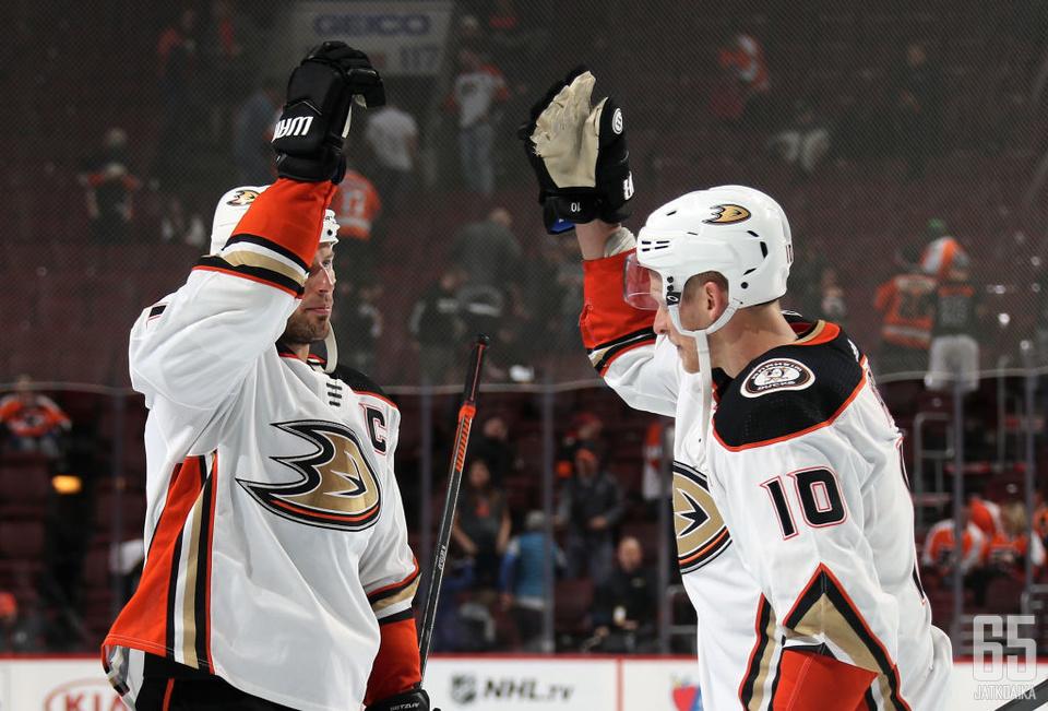 Ryan Getzlaf ja Corey Perry keräsivät Anaheim Ducksissa yhteensä yli 1 600 tehopistettä.