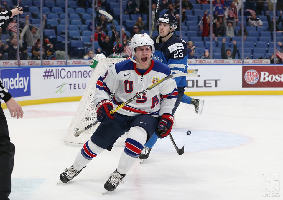 Fox edusti Yhdysvaltoja nuorten MM-kisoissa vuosina 2017 ja 2018.