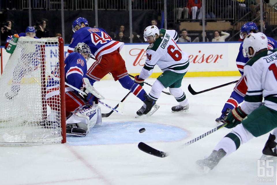 Mikael Granlund survoi väkisin ottelun voittomaalin Henrik Lundqvistin selän taakse.