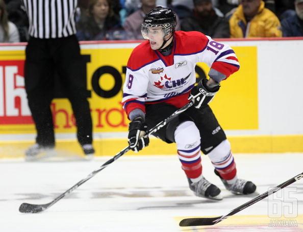 McFarland on pelannut urallaan muun muassa OHL:ssä.