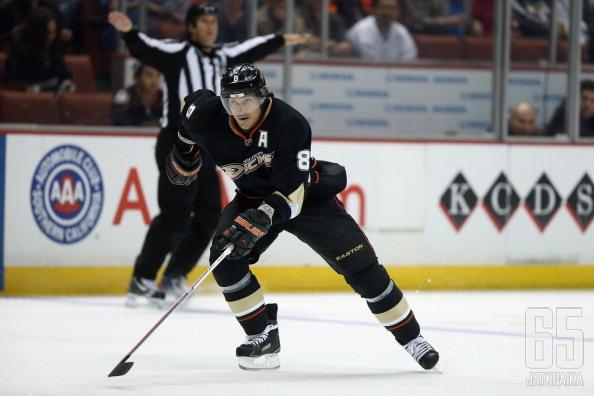 Selänne valittiin itseoikeutetusti parhaaksi Ducks-pelaajaksi.
