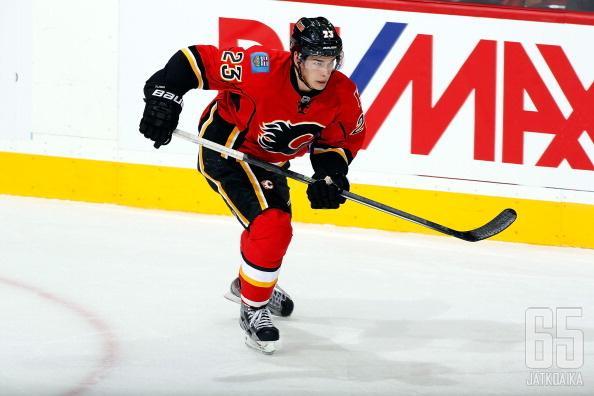 Monahan on tullut vauhdilla sisään NHL-kiekkoon.